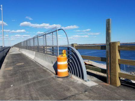 High capacity bike/pedestrian bridge over Gerritsen Inlet